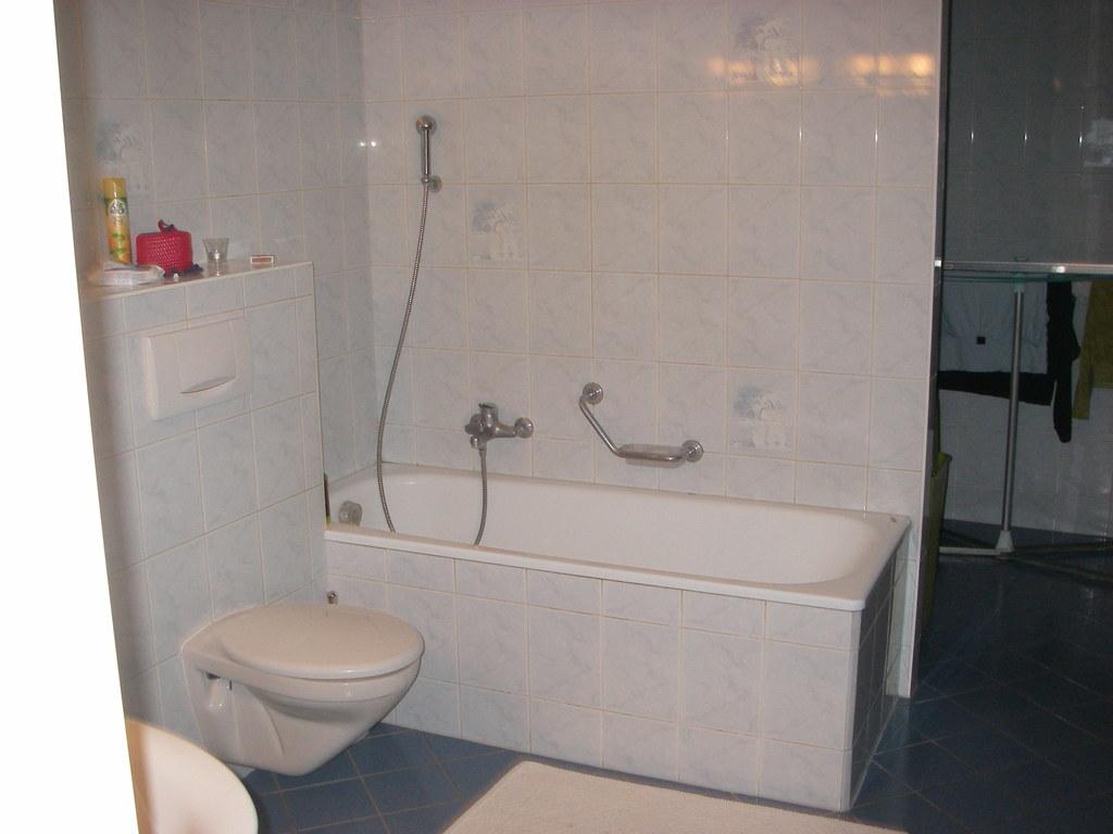 salle de bain et WC à l'étage