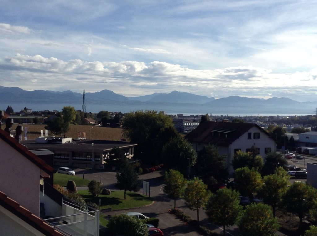View of Lake Geneva from the balcony!
