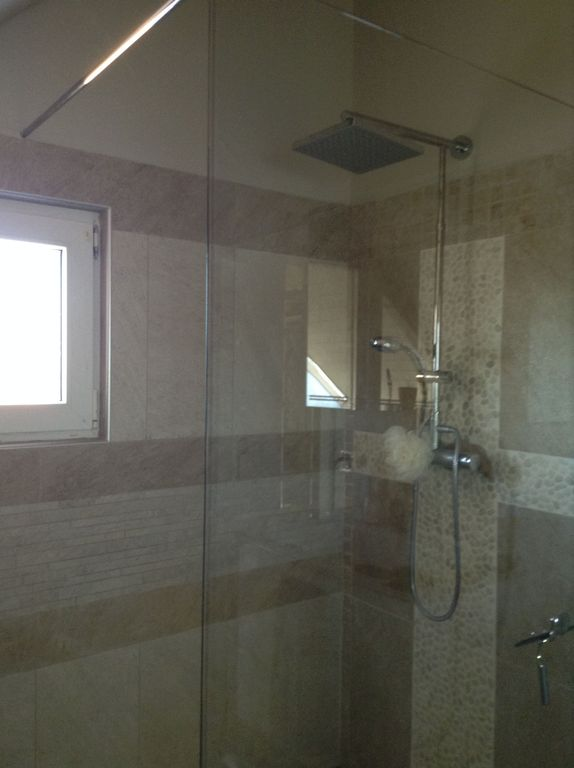 parents en suite shower