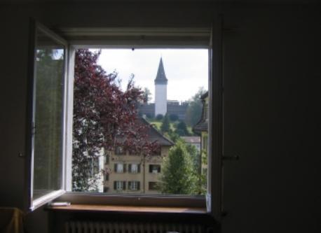 Blick vom Schlafzimmer auf die Museggmauer (Stadtmauer)/view from the bedroom