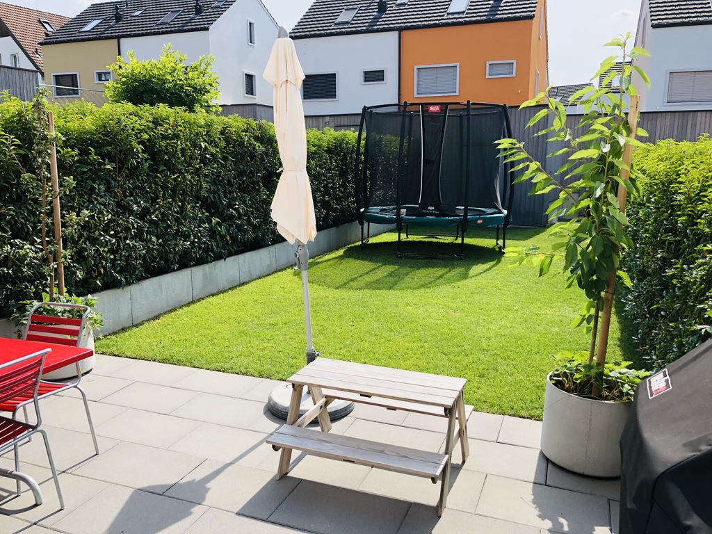 House (Front - Garden)