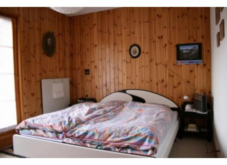 Parents sleeping room
