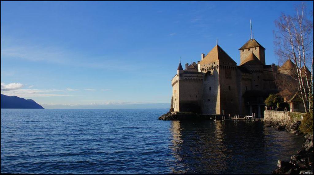 Château de Chillon avec le lac Léman