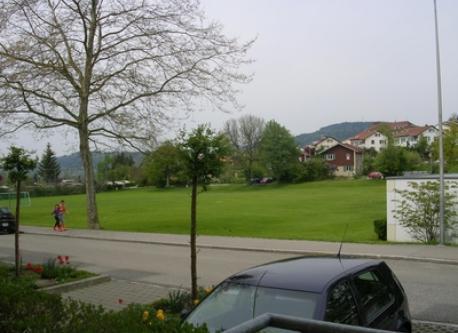 Aussicht auf Spielwiese/overlooking the parc