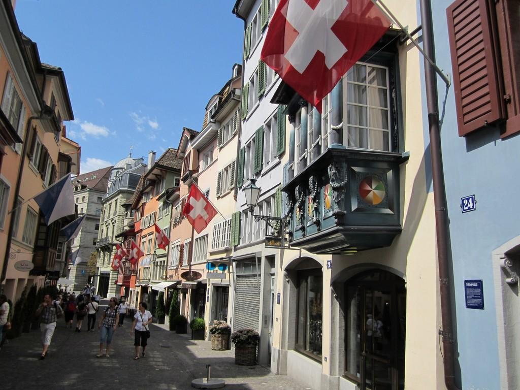 Zurich (30km)