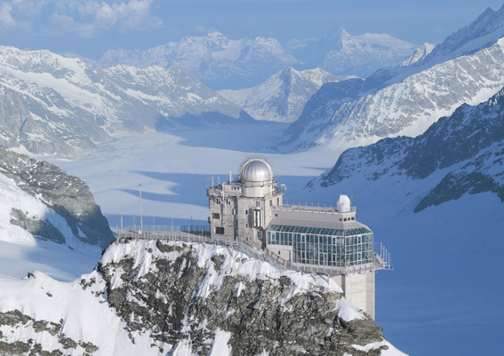 Jungfraujoch top of Europe / 1h by car to Grindelwald, Grindelwald - Jungfraujoch 1.30h by train