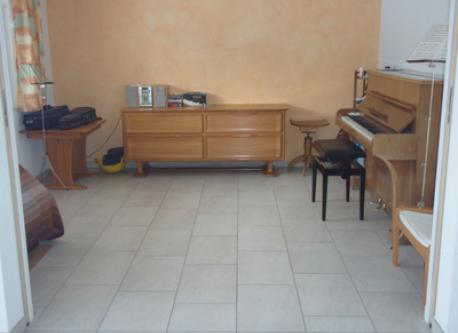 piano, ground floor