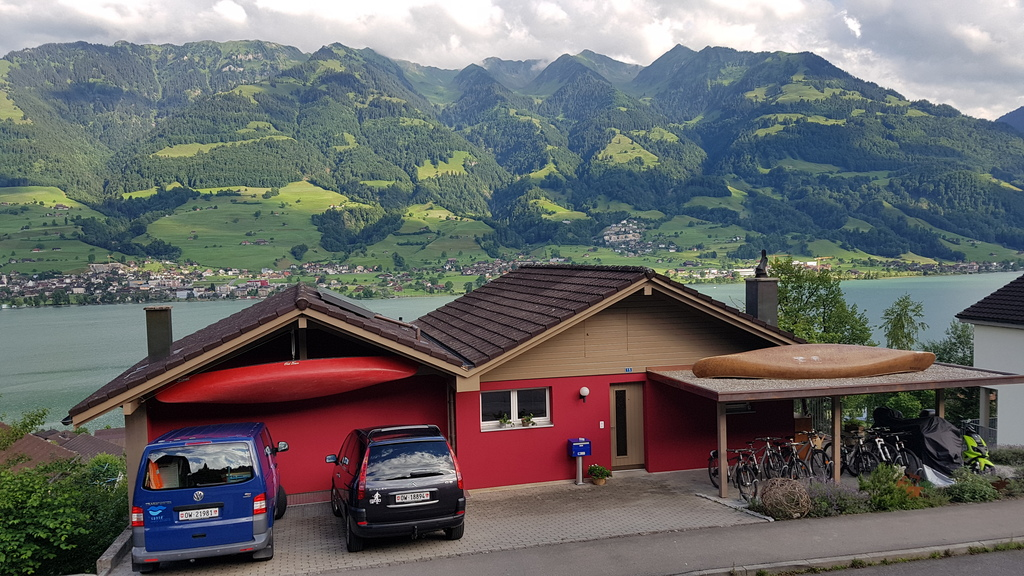 House with nice view to Lake Sarnen and Mountains