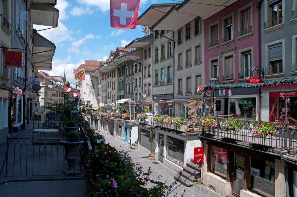 Thun, 5 km of us