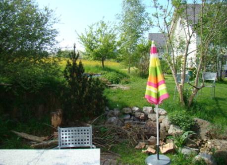gardentable, fireplace and neighbourhouses