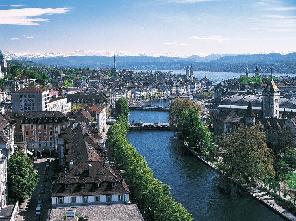 Zurich, 45 min