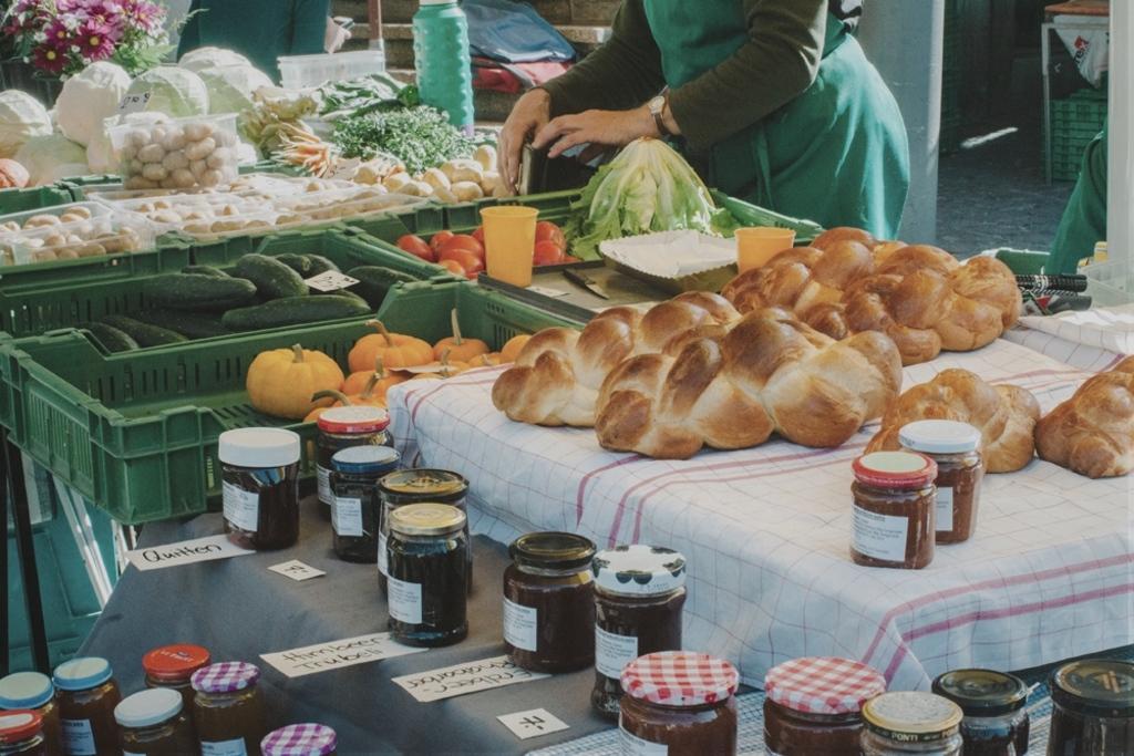 Farmers' market twice a week