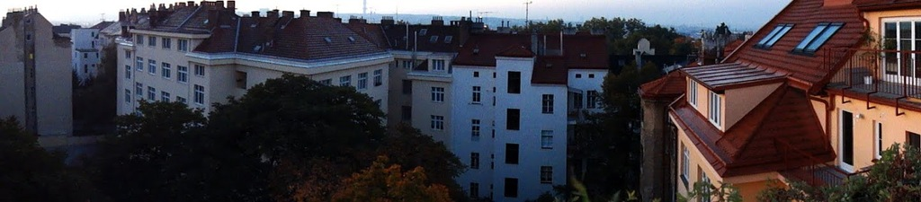 'panoramatic' view: our guest flat is on the right