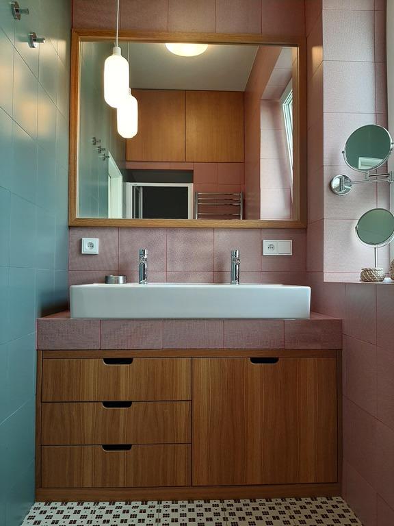 Prague apartment, bathroom