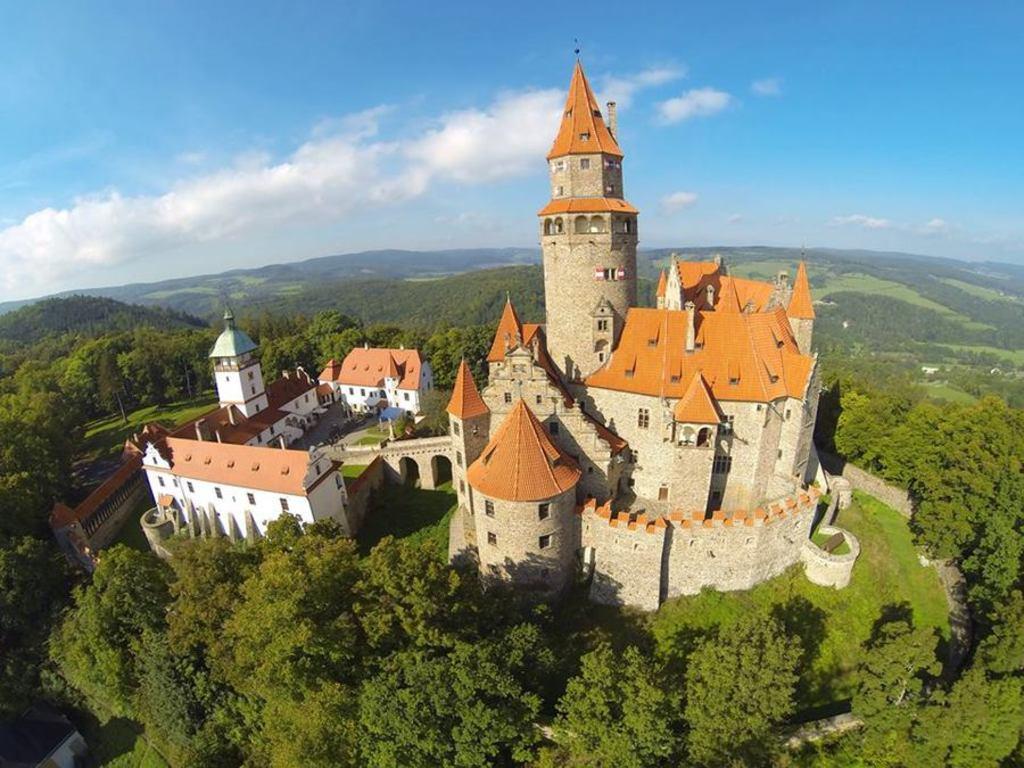 castle Bouzov, 35 km
