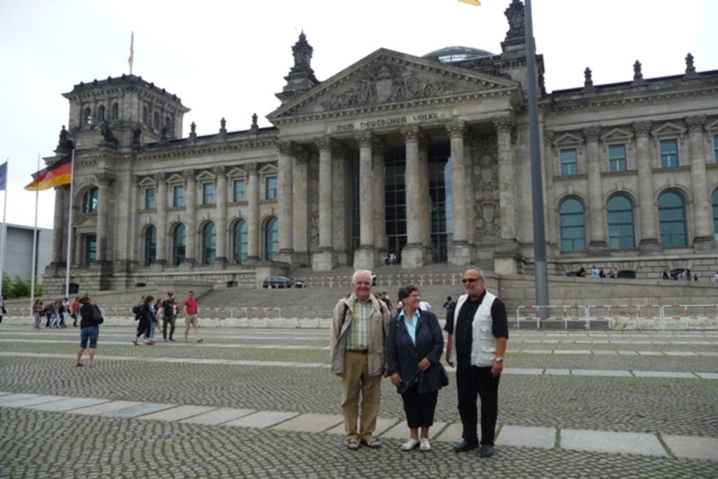 Arnold (right) in front of Reichstag (house of parliament), 4.8 km, reachable by bike.