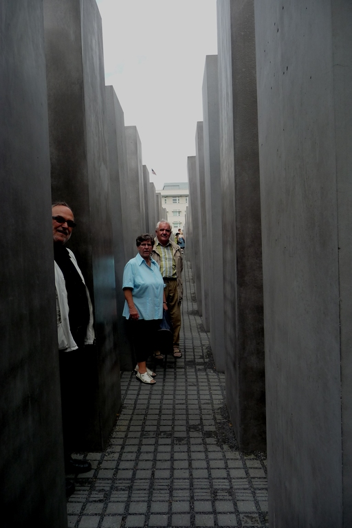 Holocaust Memorial (5 km)