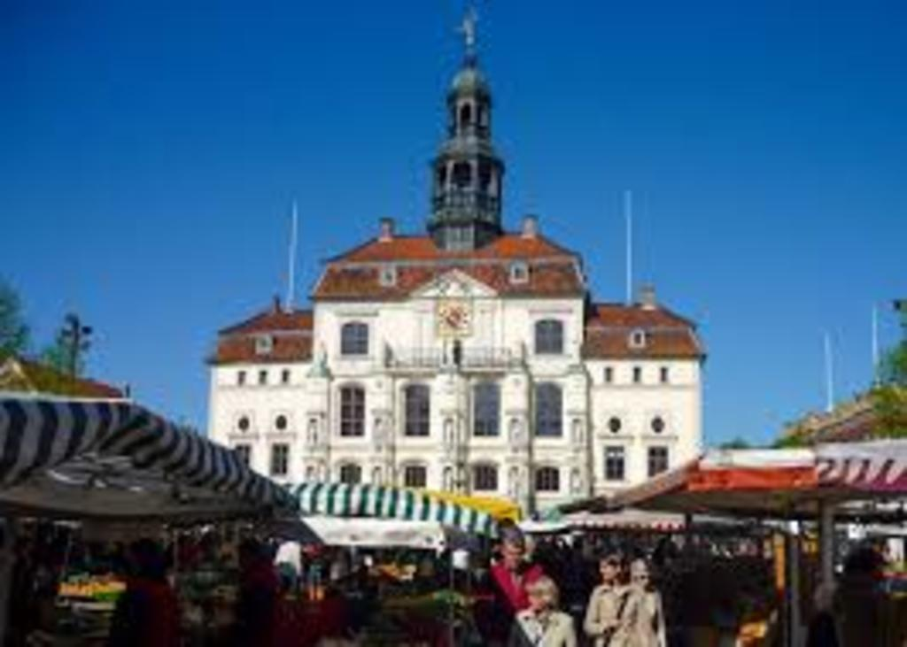 Rathaus Market in Lüneburg every Wednesday and Saturday