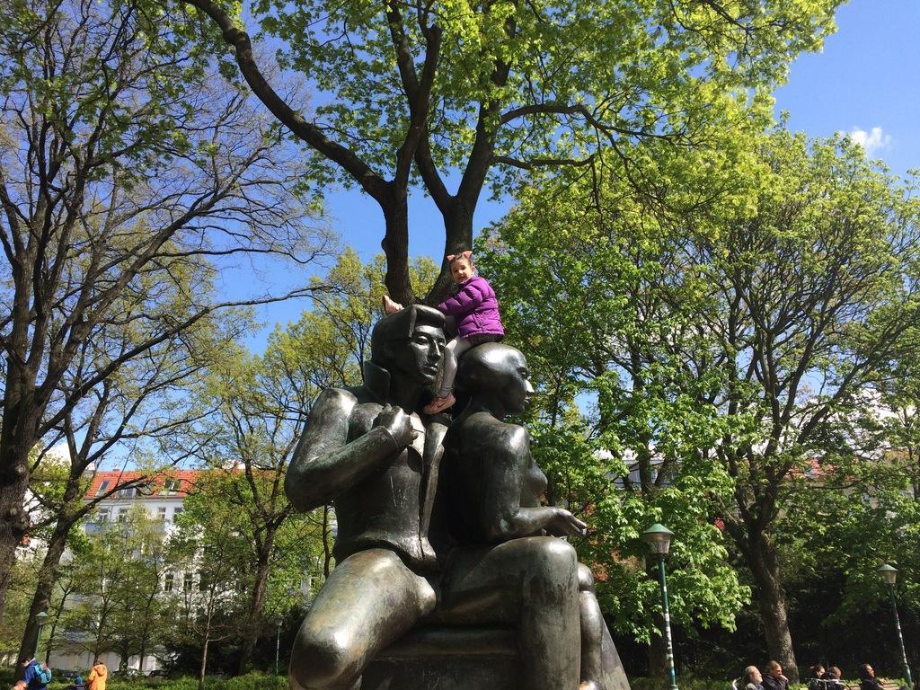 Lilly on Arnimplatz