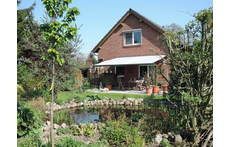 Please enjoy our house and garden - picture taken end of april