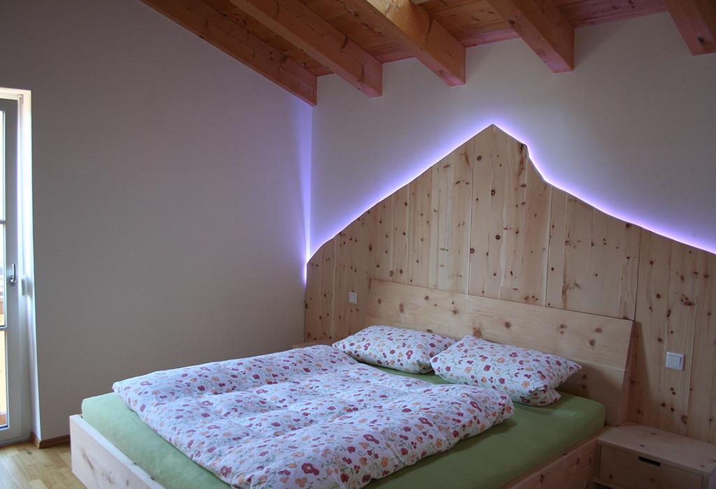 Master bedroom, Zirbenholz