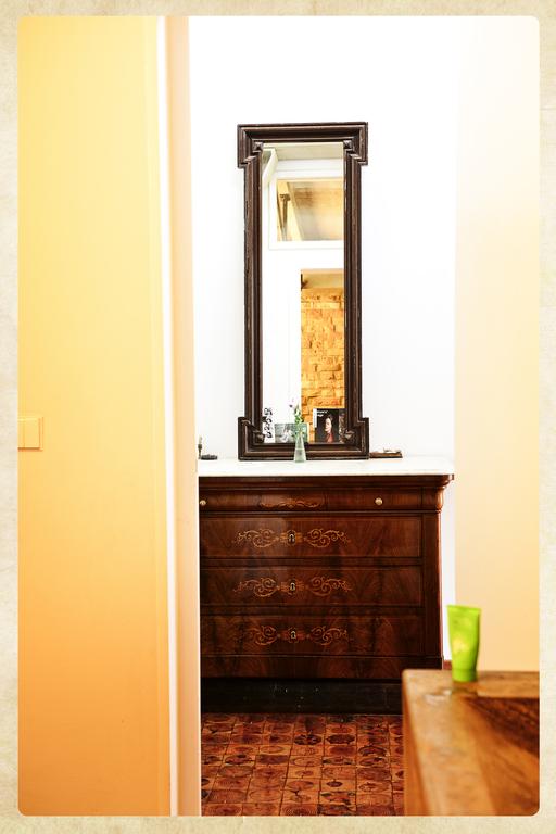 Detail im Flur / detail in the corridor