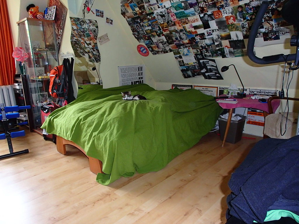 schlafzimmer klein mit 2'er bett