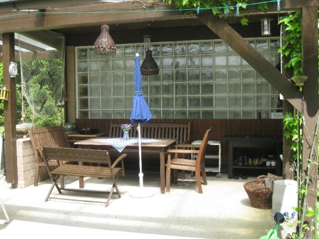 The terrace / Die Terrasse