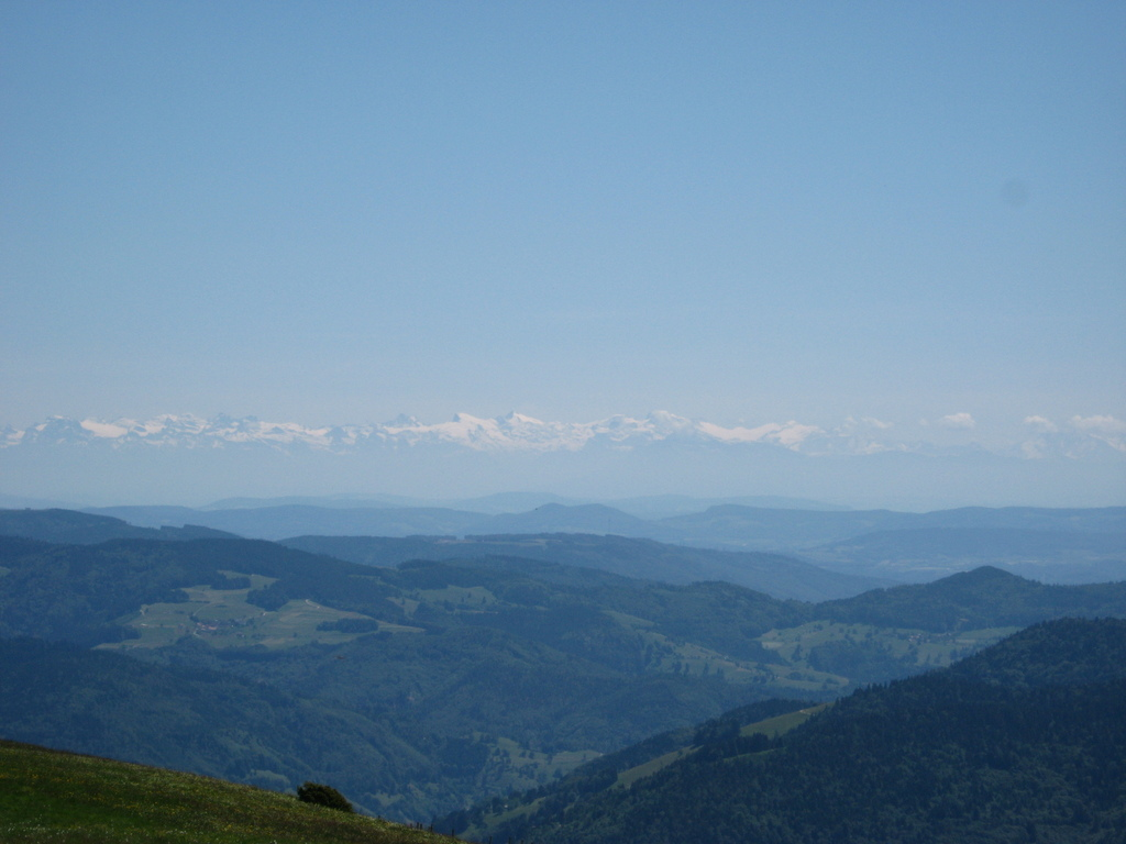 View from the Belchen (1414m) near Freiburg to the Alpen.