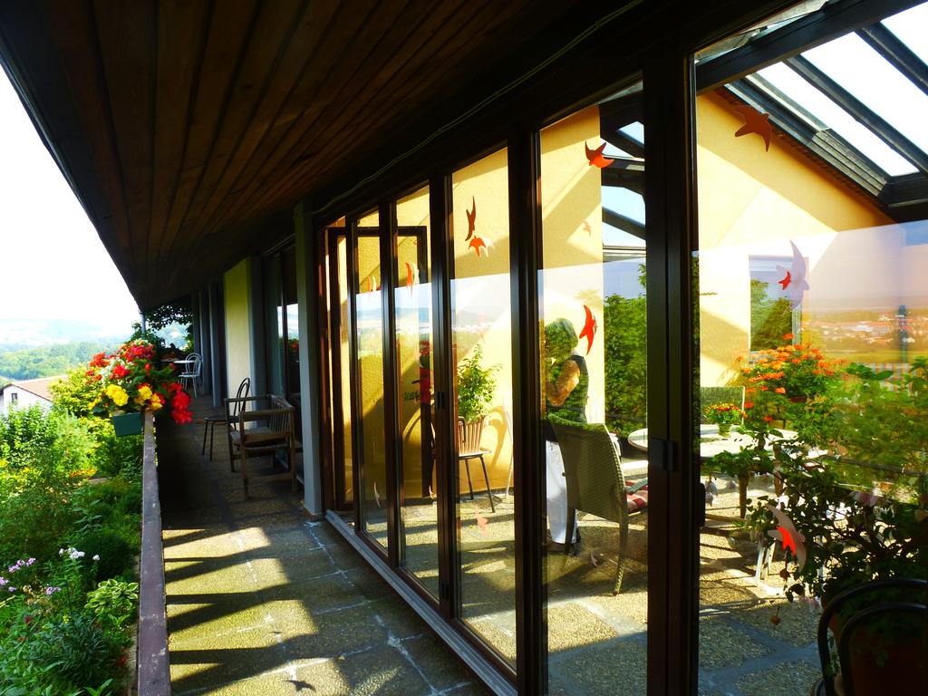 Balkon mit Wintergarten