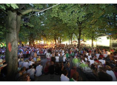 Munich Beergarden - Munich has 120 wonderful beergardens http://www.biergärtenmünchen.de/Hauptseite