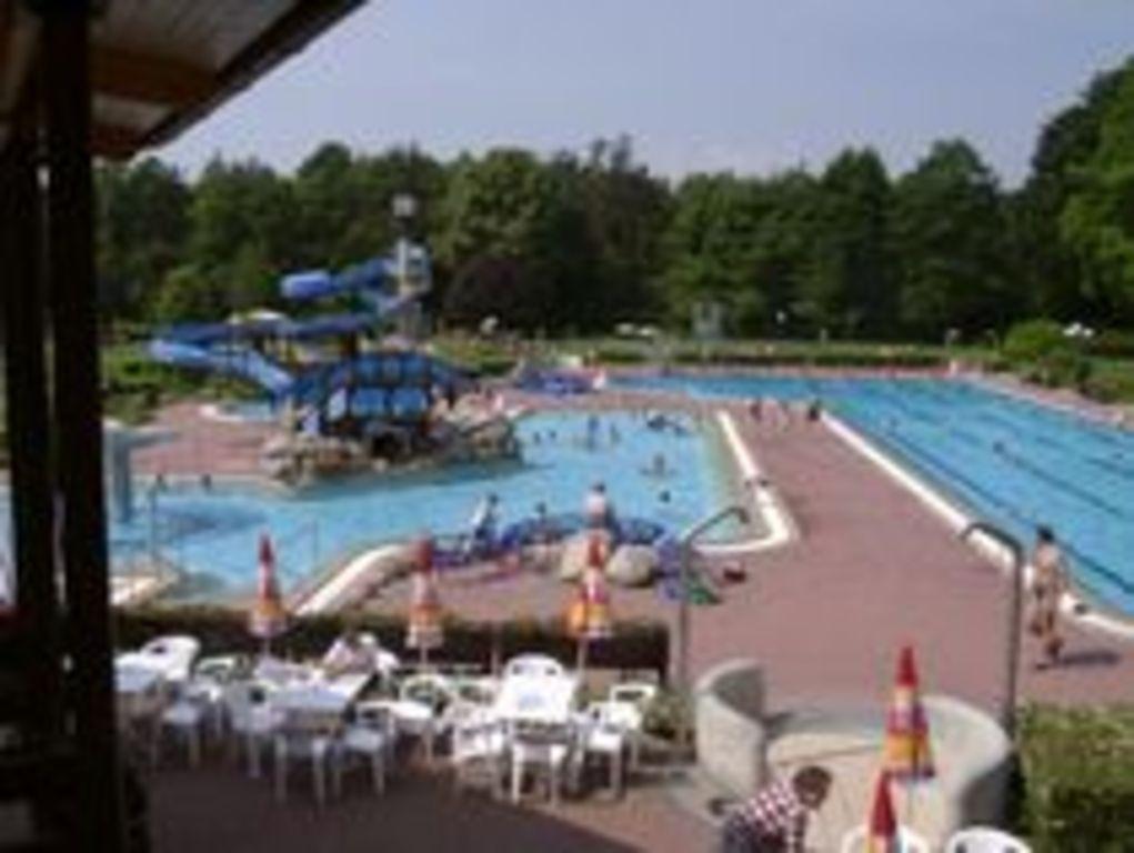 15 min. Waldschwimmbad Herxheim