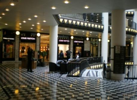 Friedrichstadtpassagen - Friedrichstadt Passagen (luxury shopping)