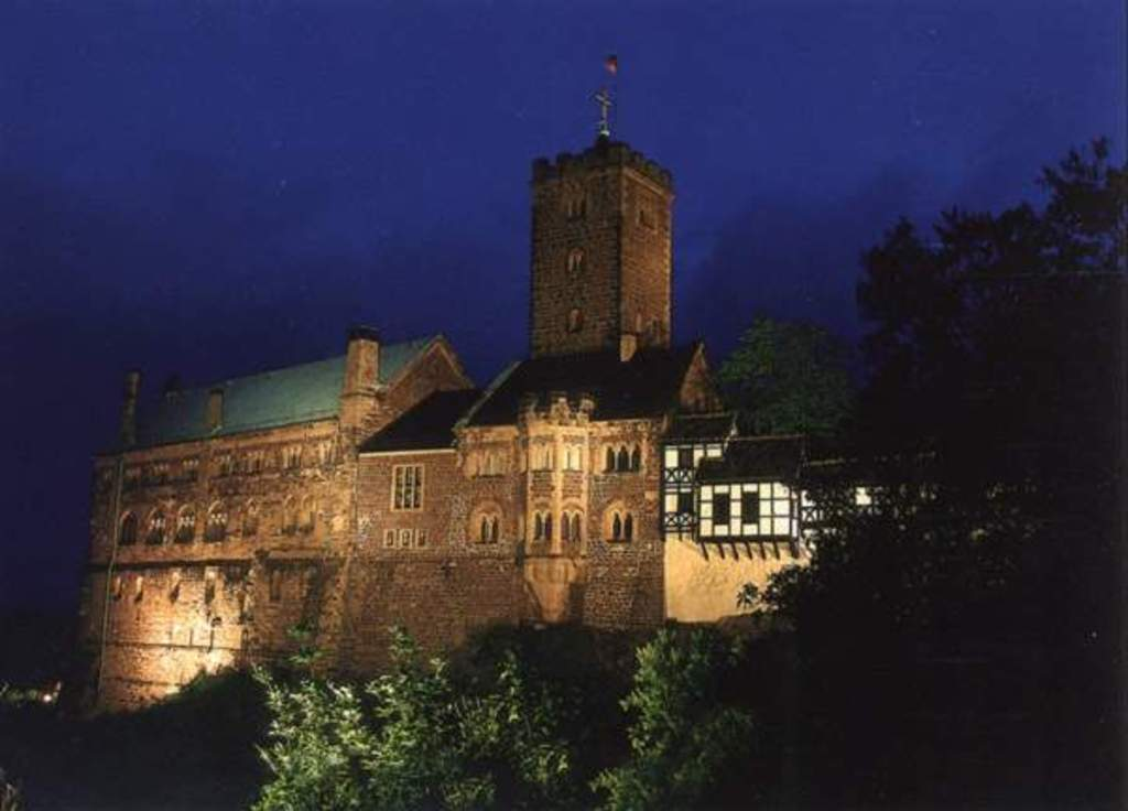Wartburg (40 min by car)