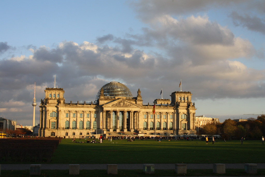 Our capital is not far away. By the high-speed train ICE from nearby Wolfsburg to Berlin within one hour.
