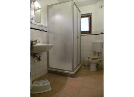 Bad unten /bathroom downstairs
