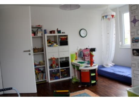 "Ground-floor ""play room"""
