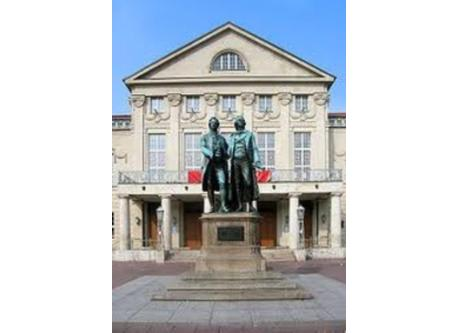 Goethe and Schiller in front of the Nationaltheater