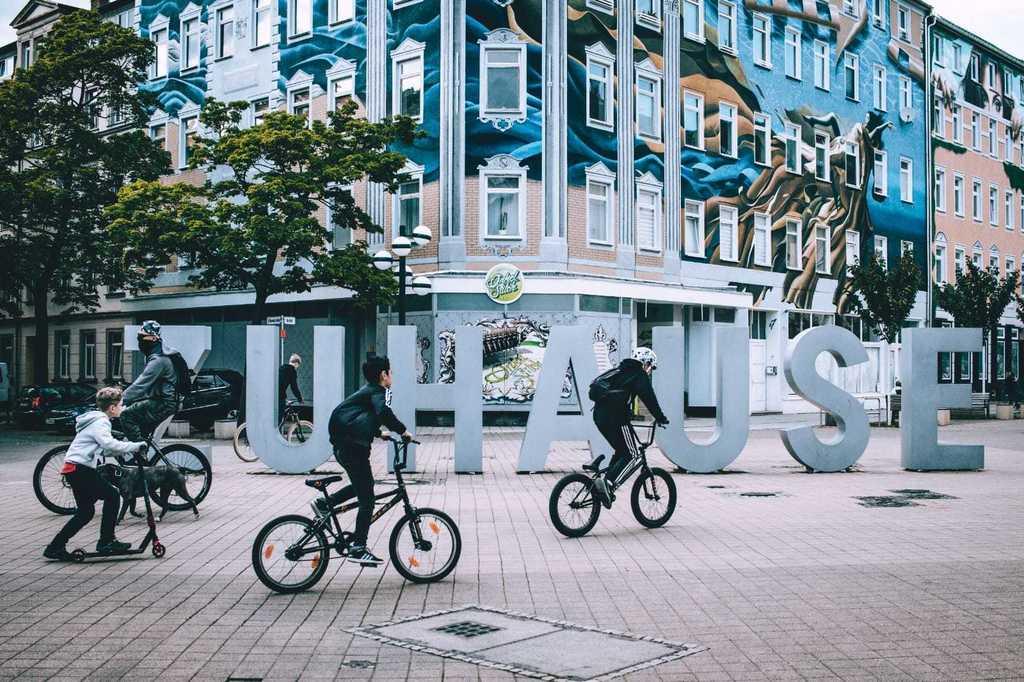 des sculptures modernes dans le centre de Chemnitz