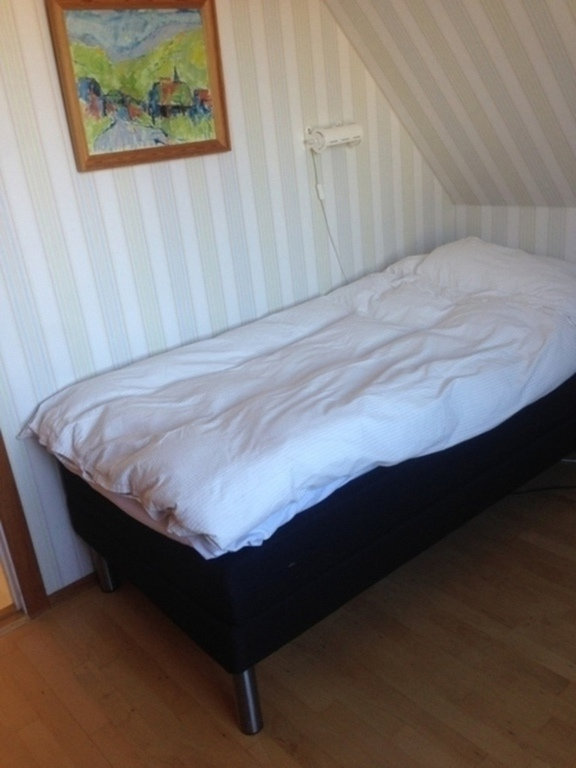 single bed room at second floor