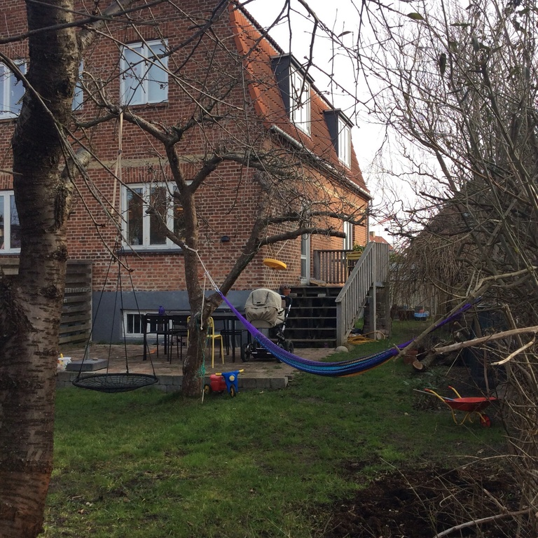 Our garden with hammock, swing, sandbox and Laurids, 8 monts old, sleeping in the pram