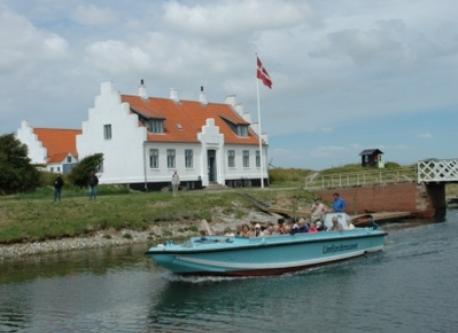 The canal between Lendrup Strand and Løgstør (5 km). An excellent small route for a walk or a running distance.