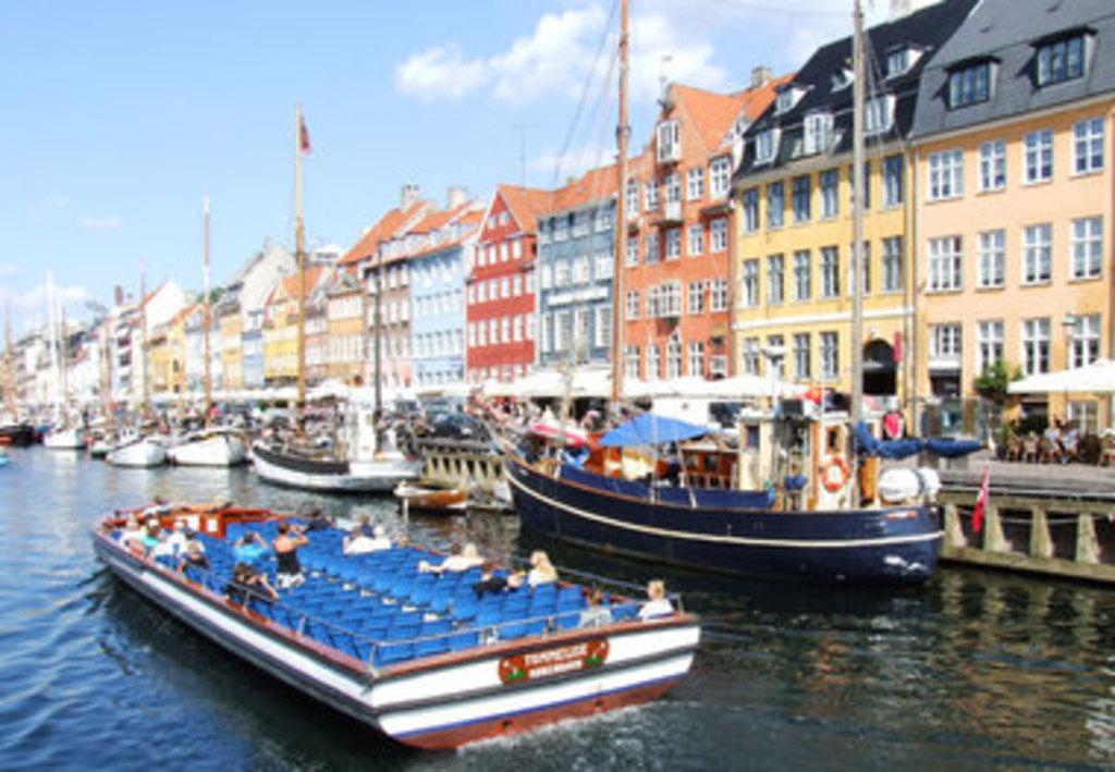 Take a boat trip in Nyhavn