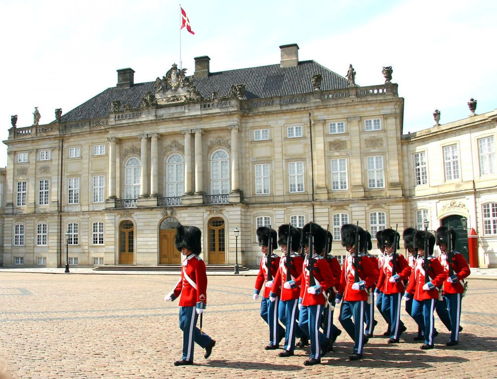 Amalienborg, The queen Margrethe II lives here with her family