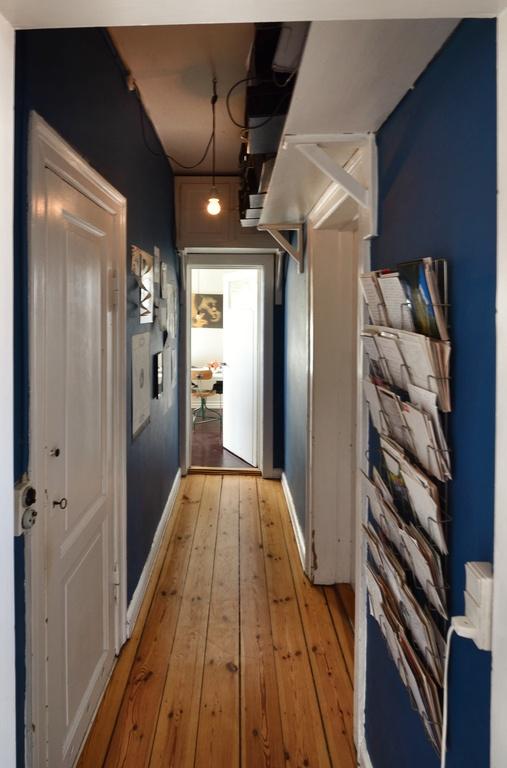 Hallway between living and kitchen