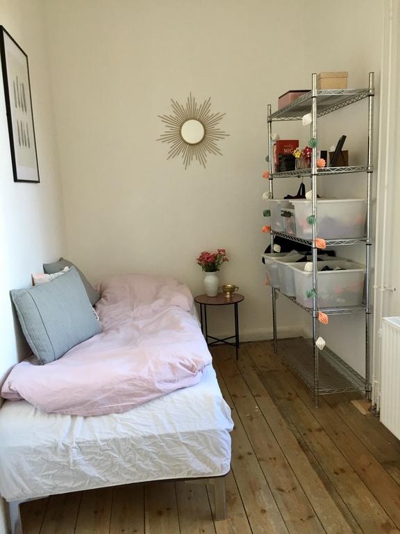Liva's room