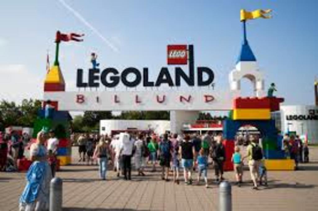 1 hour to Legoland