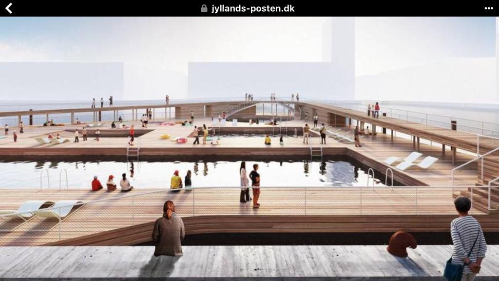 Aarhus harbour bath https://www.visitaarhus.dk/havnebadet-gdk1099890