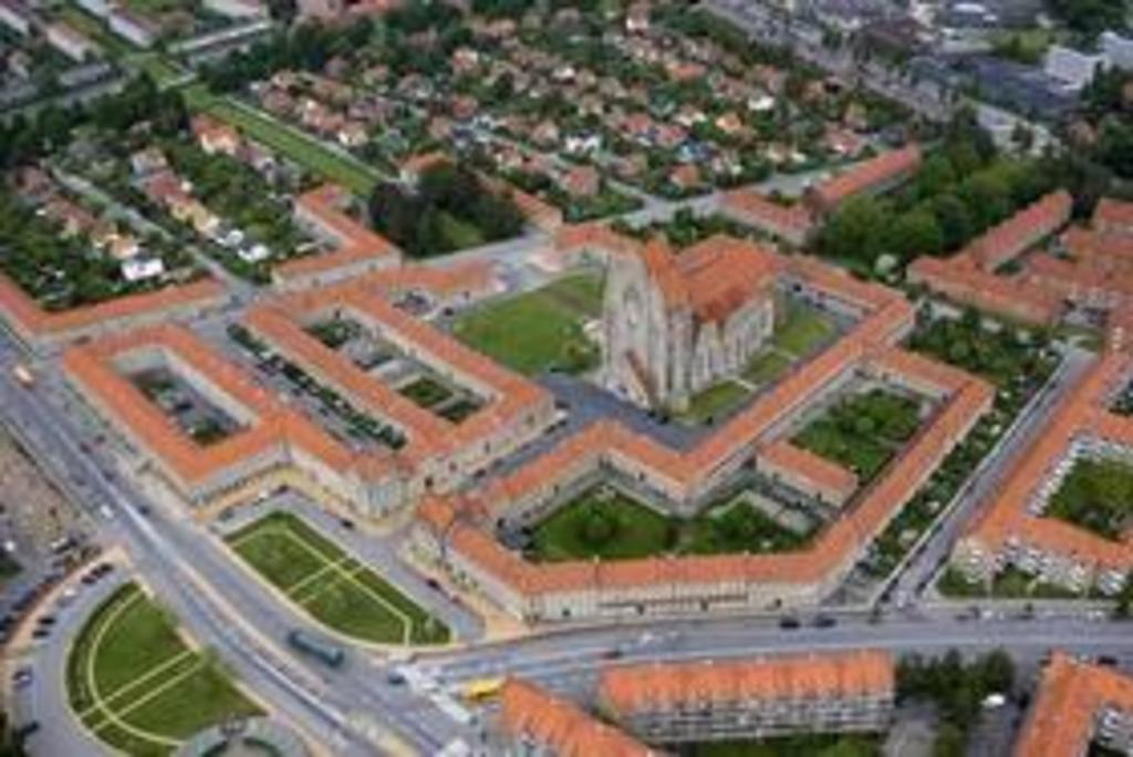 Air photo of building complex including Church of Grundtvig