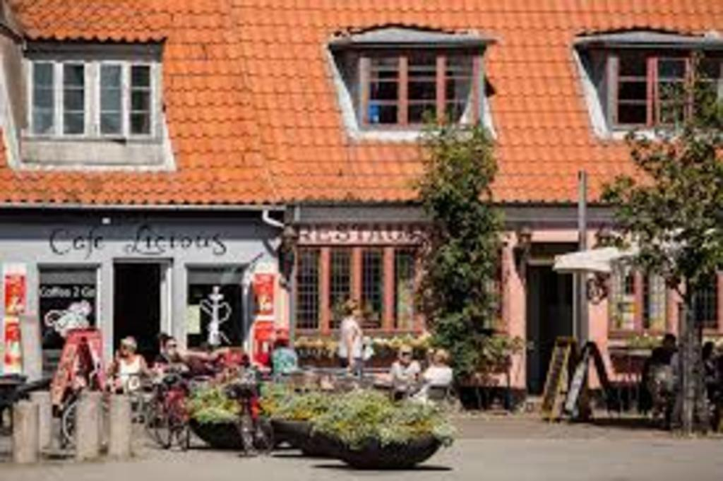 The Port of Køge with plenty of restaurants